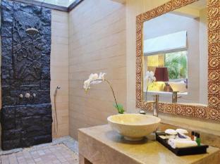 Bali Mandira Beach Resort & Spa Bali - Badkamer