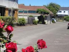 SilverOaks Resort Heritage   New Zealand Budget Hotels