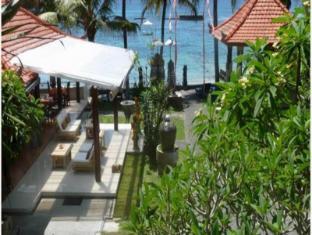 Anom Beach Hotel Candidasa Bali - Hotel exterieur