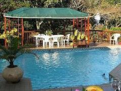 Mdoni House Guest Lodge | South Africa Budget Hotels