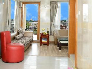 Hotel Grand United Chinatown Yangon - Penthouse Suite (Shwedagon Pagoda View)