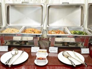 Hotel Grand United Chinatown Yangon - International Buffet Breakfast (Asian Cuisine)