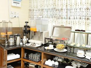 Hotel Grand United Chinatown Yangon - International Buffet Breakfast at Penthouse Restaurant