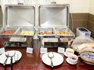 Hotel Grand United Chinatown Yangon - International Buffet Breakfast (Western Cuisine)