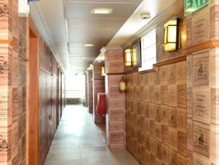 Hotel Grand United Chinatown Yangon - Hallway