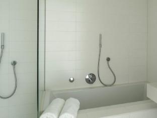 Room Mate Aitana Hotel Amsterdam - Bathroom
