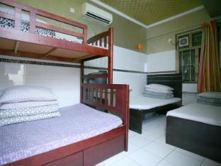 H.K Commercial Inn Hong Kong - Family Room6 Adults
