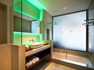 ONE15 Marina Club Singapore - Marina View Room