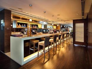 ONE15 Marina Club Singapore - Innercove Club