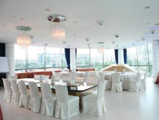 ONE15 Marina Club Singapore - Nova Room