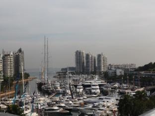ONE15 Marina Club Singapore - Surroundings