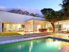 Cheap Hotels in Cape Town South Africa   Lion's View House