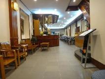 Chit Sayar Hotel & Restaurant Chinatown: interior