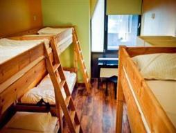 1 Cama en Dormitorio Mixto Estándar de 6 Camas