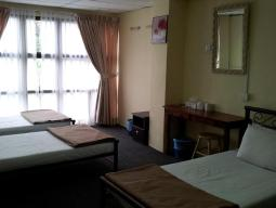 1 bed in 4 bedded Mixed Dormitory