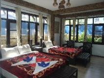 Aquarius Inn: guest room