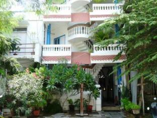 /l-escale-guest-house/hotel/pondicherry-in.html?asq=jGXBHFvRg5Z51Emf%2fbXG4w%3d%3d