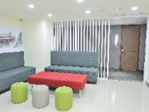 C U Hotel: lobby