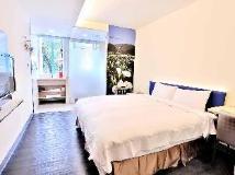 C U Hotel: guest room