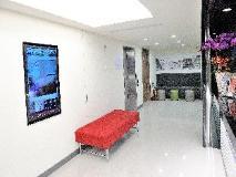 C U Hotel: reception