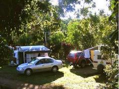 Lake Eacham Caravan Park & Self-Contained Cabins | Australia Hotels Atherton Tablelands