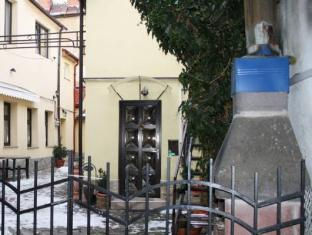 /apartament-simon-brasov/hotel/brasov-ro.html?asq=jGXBHFvRg5Z51Emf%2fbXG4w%3d%3d