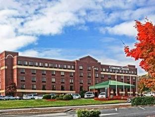 /comfort-suites-outlet-center/hotel/asheville-nc-us.html?asq=jGXBHFvRg5Z51Emf%2fbXG4w%3d%3d