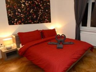 /ginger-rooms/hotel/ljubljana-si.html?asq=5VS4rPxIcpCoBEKGzfKvtBRhyPmehrph%2bgkt1T159fjNrXDlbKdjXCz25qsfVmYT