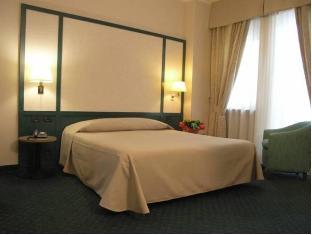 /hotel-smeraldo/hotel/turin-it.html?asq=jGXBHFvRg5Z51Emf%2fbXG4w%3d%3d