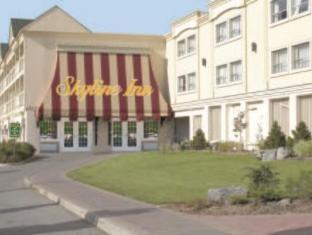 /pt-pt/skyline-hotel-waterpark/hotel/niagara-falls-on-ca.html?asq=5VS4rPxIcpCoBEKGzfKvtE3U12NCtIguGg1udxEzJ7keqCYRqLR%2bUoWcrdzs8Mus2Mw0vGk2ufPhLHBa0Ko12pwRwxc6mmrXcYNM8lsQlbU%3d