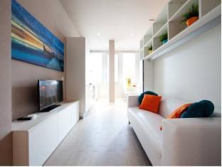/la-farina-apartments/hotel/florence-it.html?asq=5VS4rPxIcpCoBEKGzfKvtBRhyPmehrph%2bgkt1T159fjNrXDlbKdjXCz25qsfVmYT