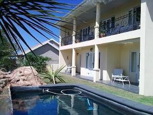 /mandalay-guest-house-plettenberg-bay/hotel/plettenberg-bay-za.html?asq=GzqUV4wLlkPaKVYTY1gfimLa2A4GktPVw68GMmB8Zpqx1GF3I%2fj7aCYymFXaAsLu