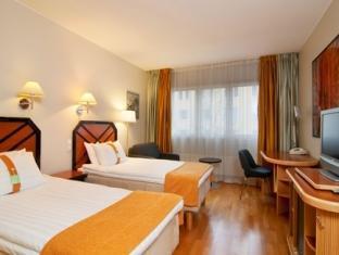 Holiday Inn Tampere Hotel Tampere - Külalistetuba