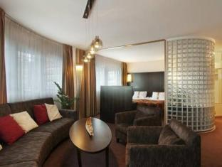 Holiday Inn Tampere Hotel Tampere - Fuajee