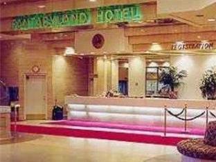 /fantasyland-hotel/hotel/edmonton-ab-ca.html?asq=5VS4rPxIcpCoBEKGzfKvtBRhyPmehrph%2bgkt1T159fjNrXDlbKdjXCz25qsfVmYT
