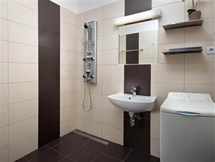 Rubin Apartment Boedapest - Badkamer