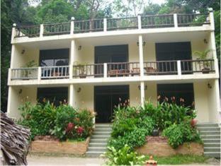 /rattana-s-resort/hotel/ranong-th.html?asq=jGXBHFvRg5Z51Emf%2fbXG4w%3d%3d