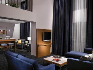 Hyatt Regency Vancouver Vancouver (BC) - Suite Room