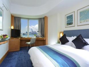 Metropark Hotel Causeway Bay Hong Kong - Harbour View Room
