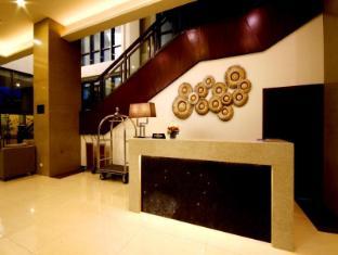 Mandarin Plaza Hotel Cebu - Lobby