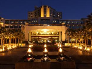 Zhongwei Green Lake Hotel Kunming