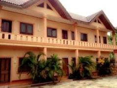 Viengxay Sokmongkhoun Guesthouse | Laos Budget Hotels