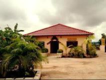 Phanthong Guesthouse: hotel interrior