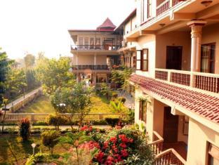 /fi-fi/hotel-royal-safari/hotel/chitwan-np.html?asq=rj2rF6WEj8aDjx46oEii1KafzyGzQOoHvdtGu%2bQTQQrPD4HfGCTJoNP7RMklRBM6C%2fxIJEnXOFxhp6bLkf5UDg%3d%3d