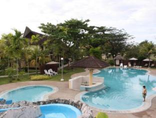 Beringgis Beach Resort & Spa Kota Kinabalu - Bazen