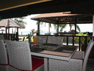 Beringgis Beach Resort & Spa Kota Kinabalu - Restoran
