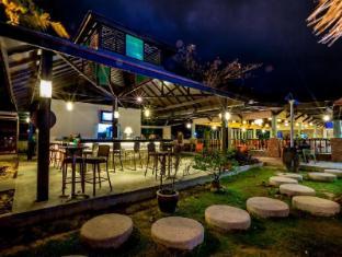 Beringgis Beach Resort & Spa Kota Kinabalu - Restaurant