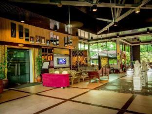 Beringgis Beach Resort & Spa कोटा किनाबालु - लॉबी