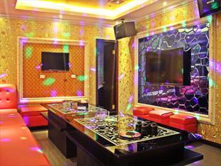 Dela Chambre Hotel Manila - Pub/Lounge