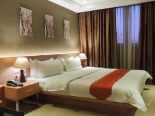 Dela Chambre Hotel Manila - Deluxe Queen